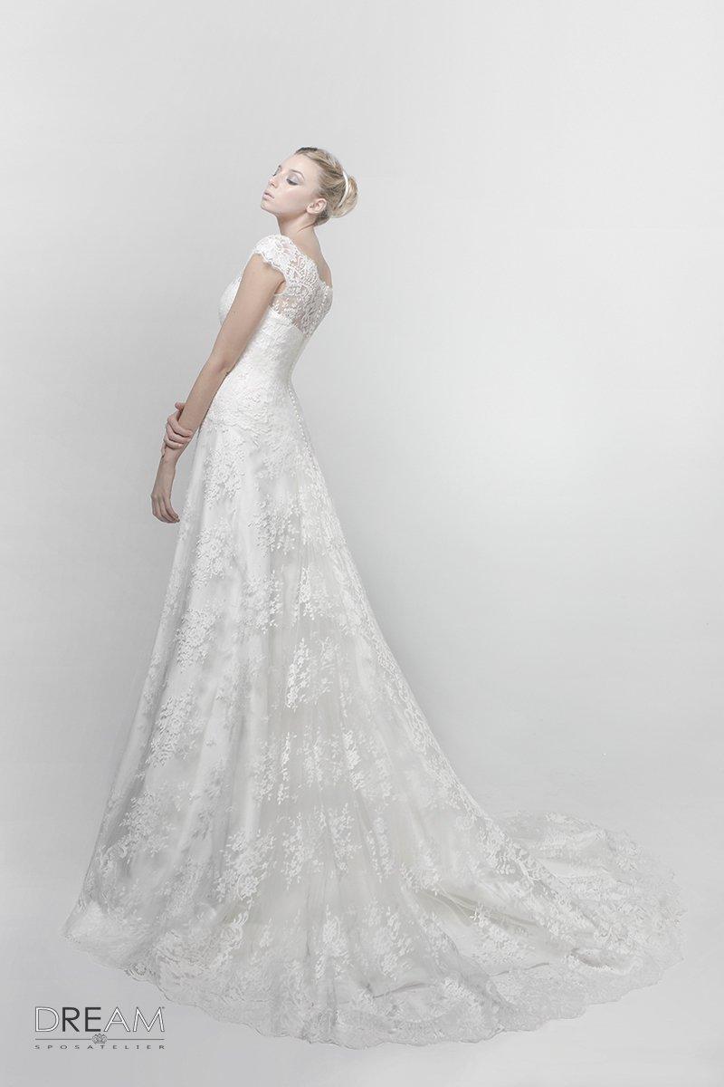 545853f81064 Abito da sposa Flora - Abiti da sposa Roma su misura Dream Sposa