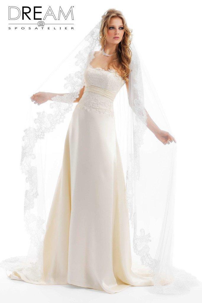 abito da sposa modello Perla