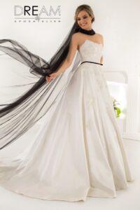 abito da sposa modello Queen