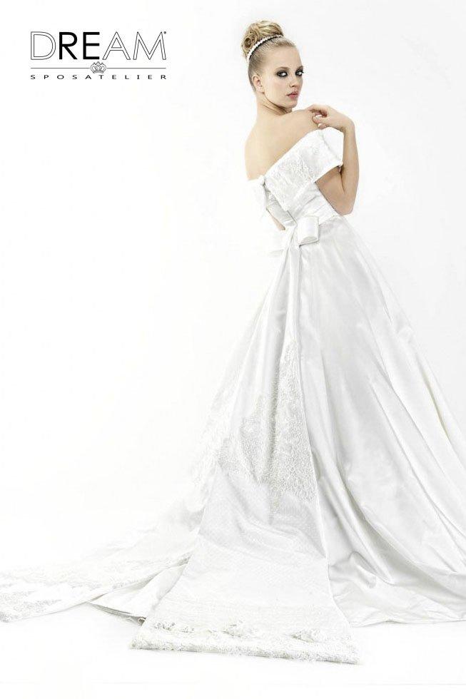 abito da sposa da regina