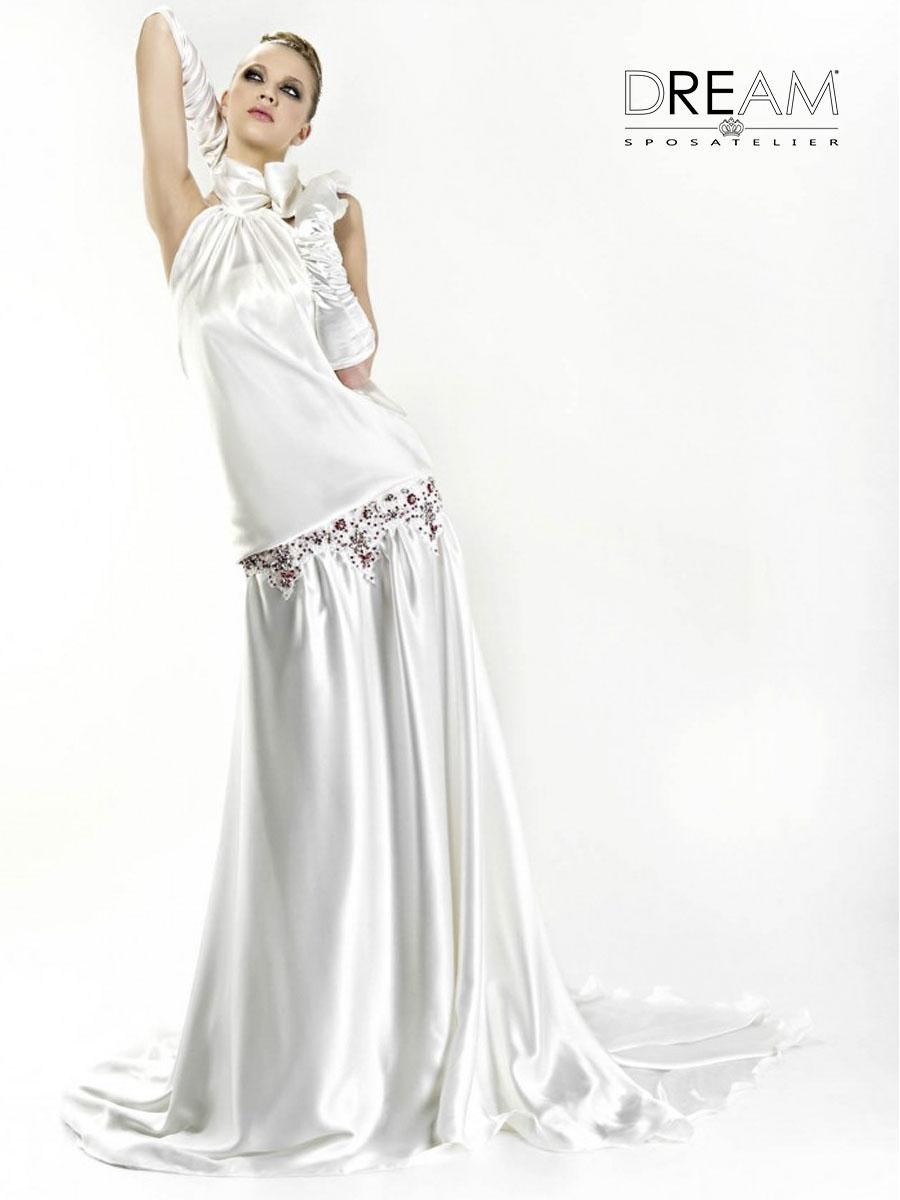 abito da sposa ricamato